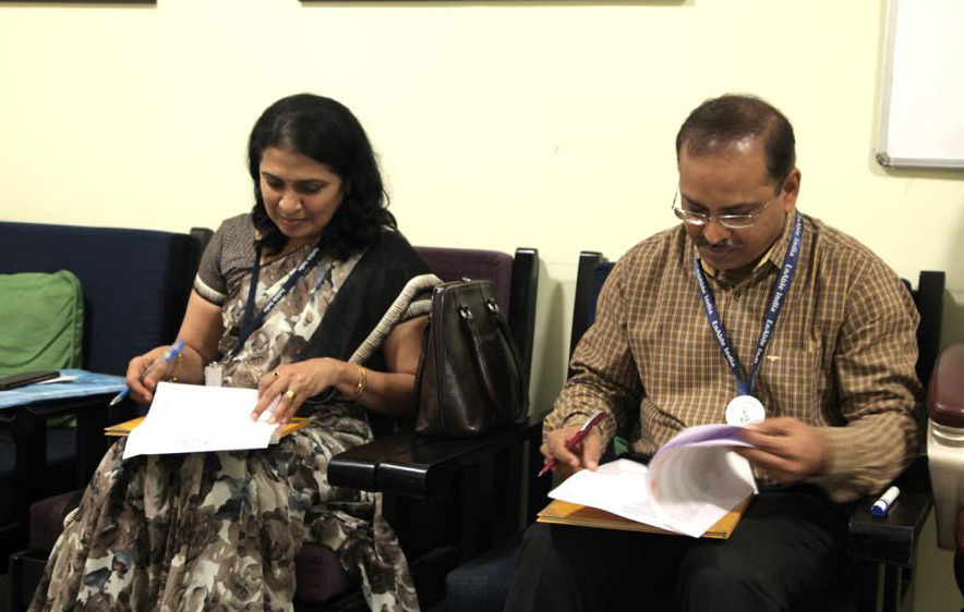 Dipesh and SBI Top Official Signing the MOU