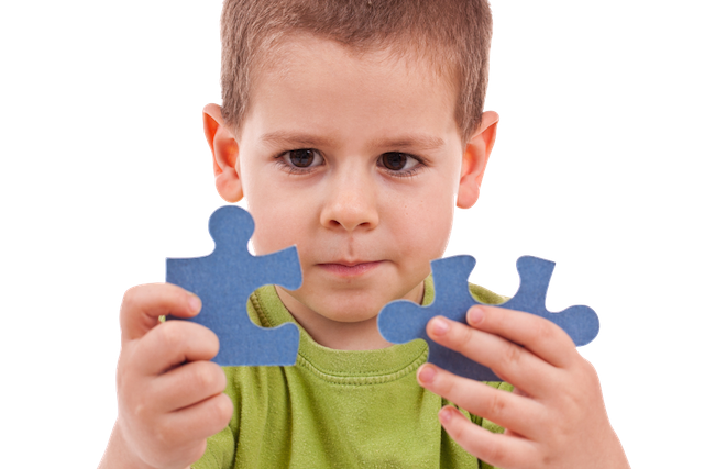 Create online courses which can be as engaging as this boy in the the image shown solving puzzles